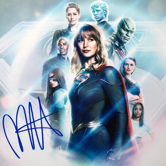 Authentic Supergirl Melissa Benoist Signed Auto!